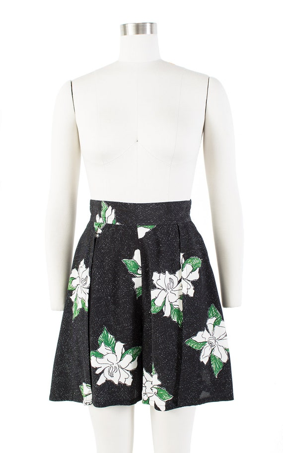 Vintage 1930s Style Shorts | 80s Black Floral Ray… - image 2