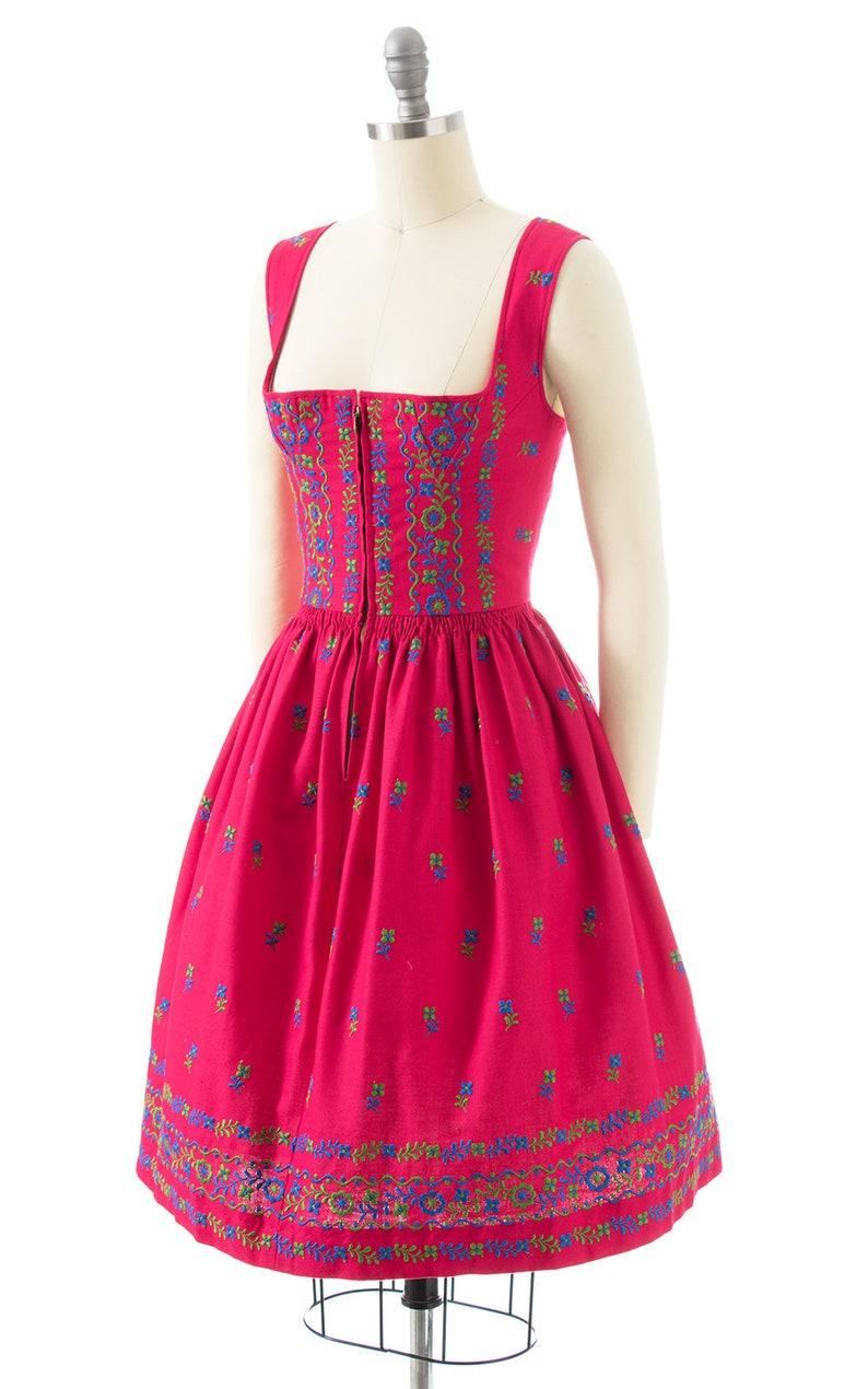 Vintage 1970s Dirndl Dress xssmall 70s Floral Embroidered Border Print Hot Pink Cotton German Oktoberfest Full Skirt Sundress