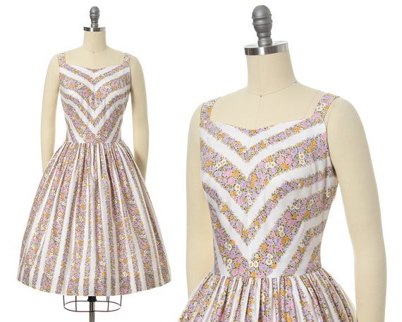Vintage 1950s Sundress | 50s Floral Chevron Strip… - image 1