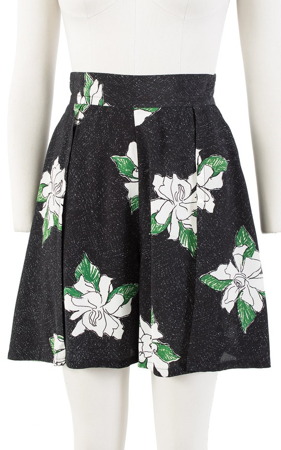 Vintage 1930s Style Shorts   80s Black Floral Ray… - image 6
