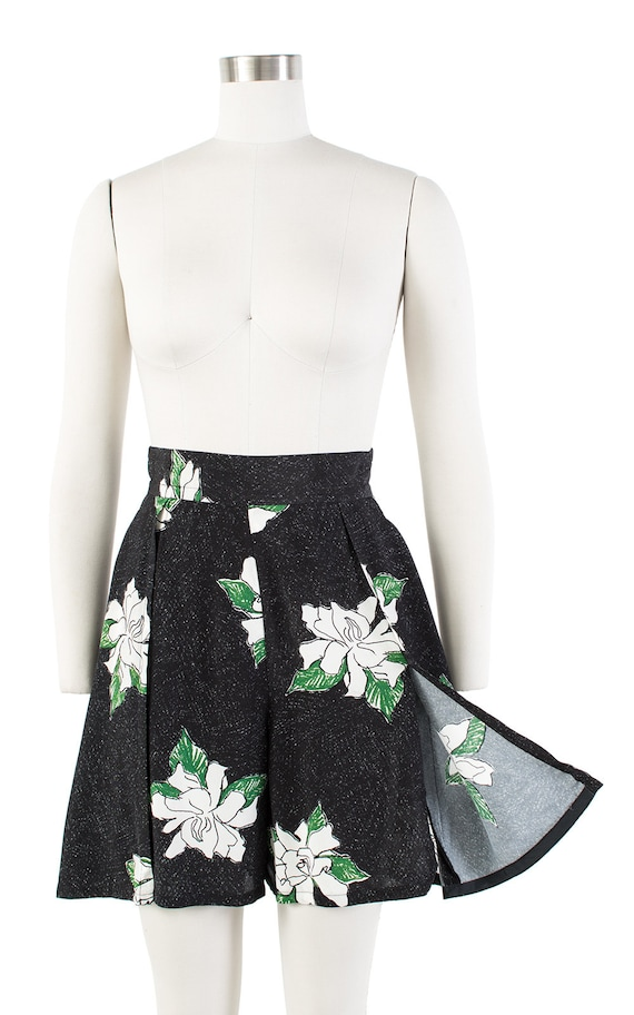 Vintage 1930s Style Shorts | 80s Black Floral Ray… - image 3