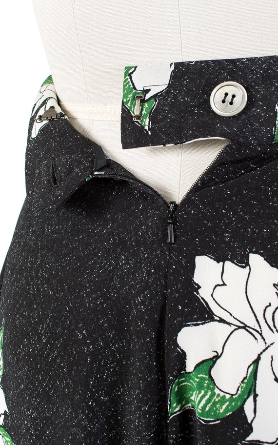 Vintage 1930s Style Shorts   80s Black Floral Ray… - image 9
