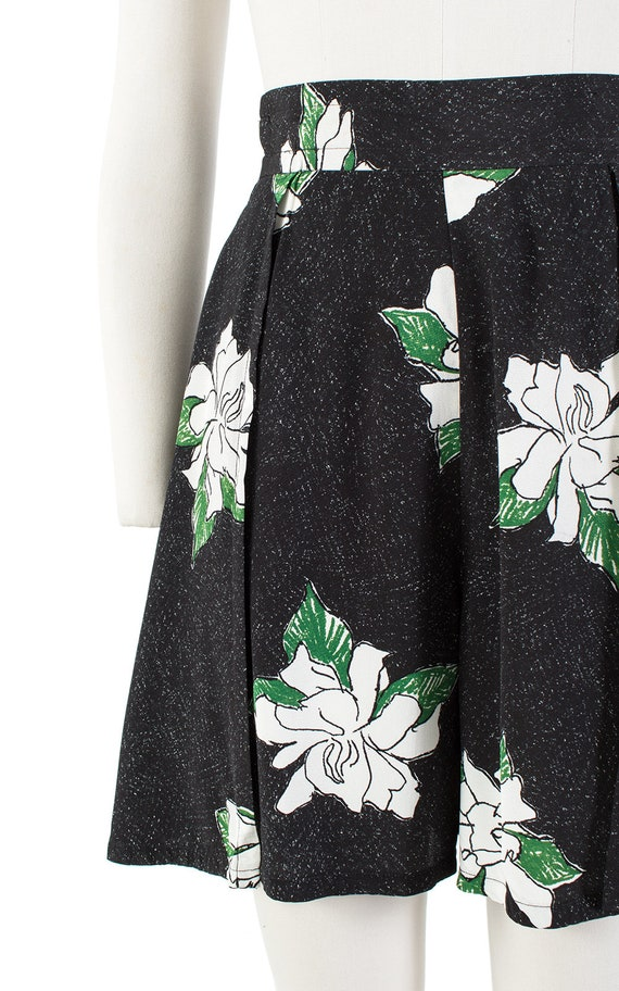 Vintage 1930s Style Shorts   80s Black Floral Ray… - image 7