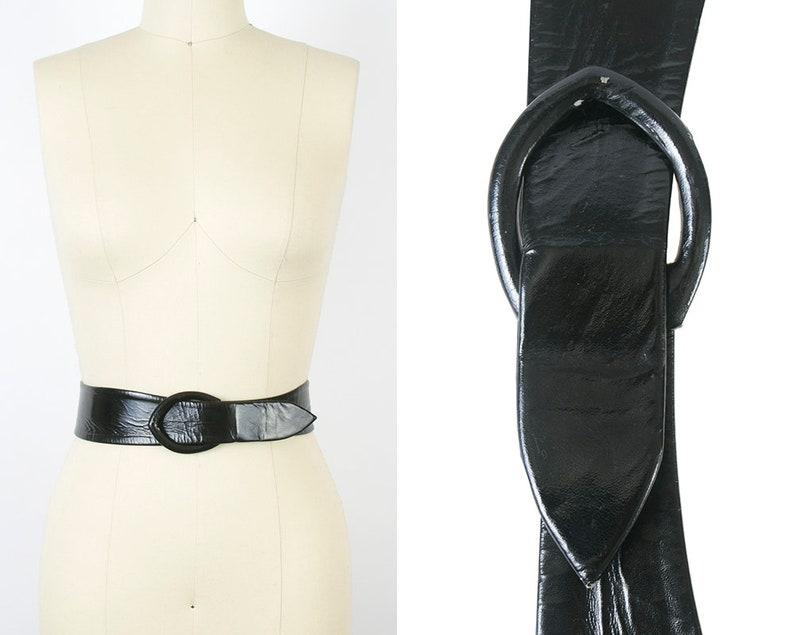 9aecd31ed9d Vintage 1960s Cinch Belt 60s Black Patent Leather Look Vinyl