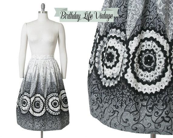 Vintage 1950s Skirt | 50s Filigree Border Print Co