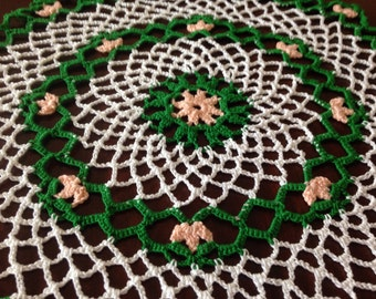 """Old Fashioned Tulip Doily, Floral Doily, Peach Blossoms!  Handmade Crochet, 13"""" Doily"""