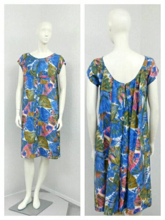 Vintage 60s Blue Hawaiian Dress, Fan Novelty Print