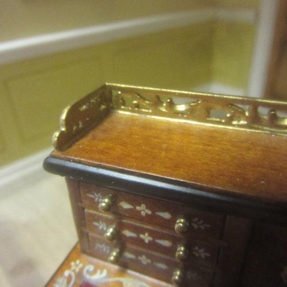 12th scale Dolls House Furniture   Writing Desk      J6028WN