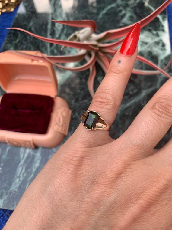 Vintage 14k Yellow Gold Deep Green Solitaire  Tou… - image 5