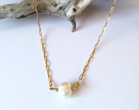Pearl Necklace in 18K Gold Filled Elongated Flat Cable Chain with Integrated Freshwater Baroque Pearl