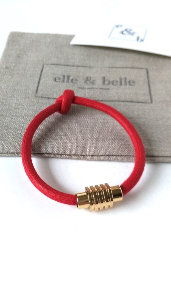 Knot Friendship Bracelet in Red Textile Mokuba Cord with Gold Plated Magnetic Clasp, Girlfriend Gift, Best Friend Gift, Gift for Her