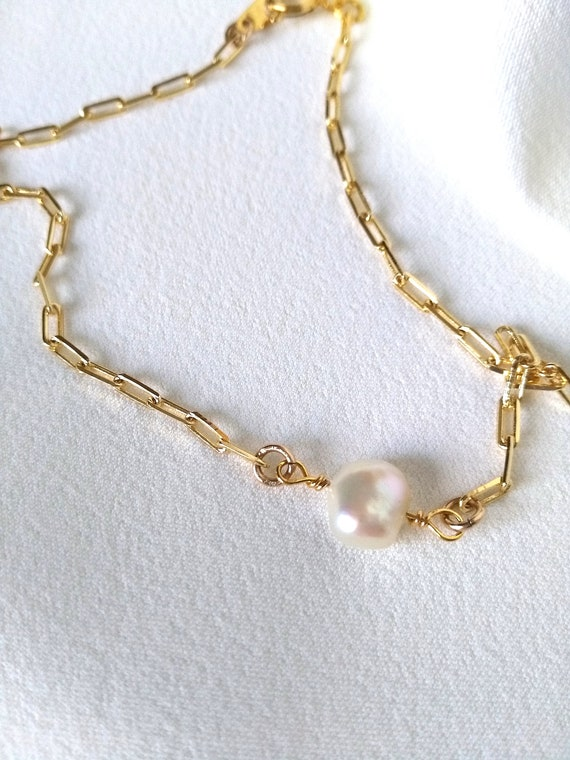 Ankle Bracelet in 18K Gold Filled Elongated Flat Cable Chain with Integrated Freshwater Pearl Accent, Gift for Her, Unique Boutique Jewelry