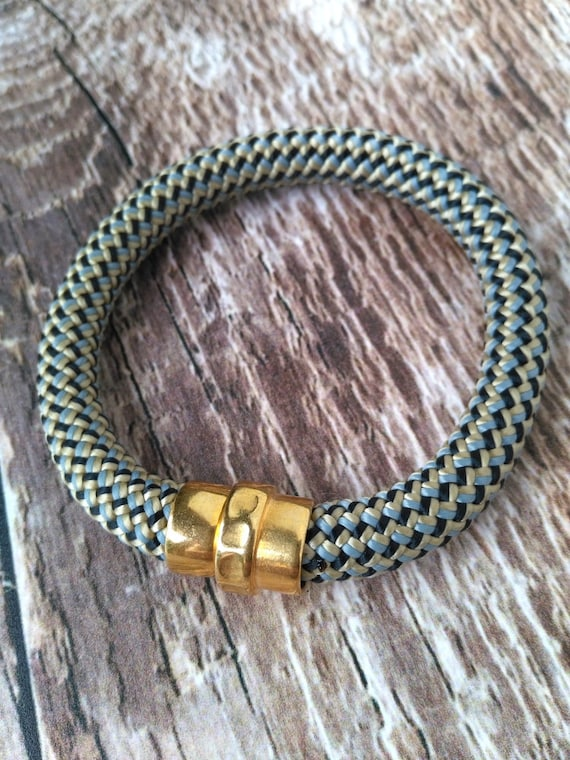 Climbing Cord Bracelet in a Mix of Beige, Black and Blue Rope with Unique Gold Magnetic Clasp, Unisex Gift, Artisan Jewelry