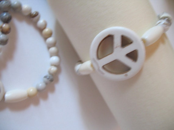 Large Peace Sign Boho Mala Bracelet in Natural Howlite and Bone Beads