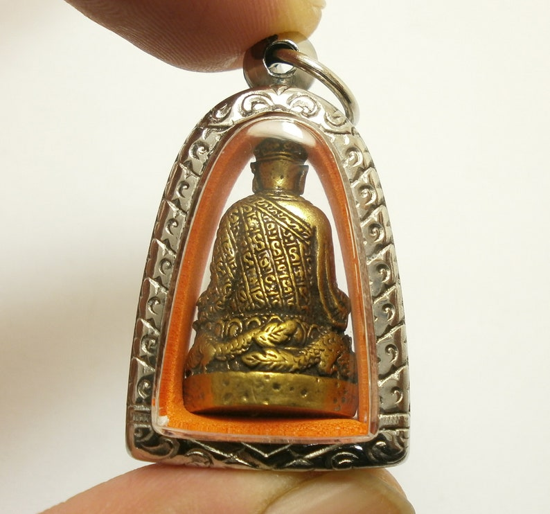 Tai Hong Kong Chow Sue Holy Chinese monk Buddha pendant bring wealth success good luck lucky prosperity brass amulet locket Thailand gift