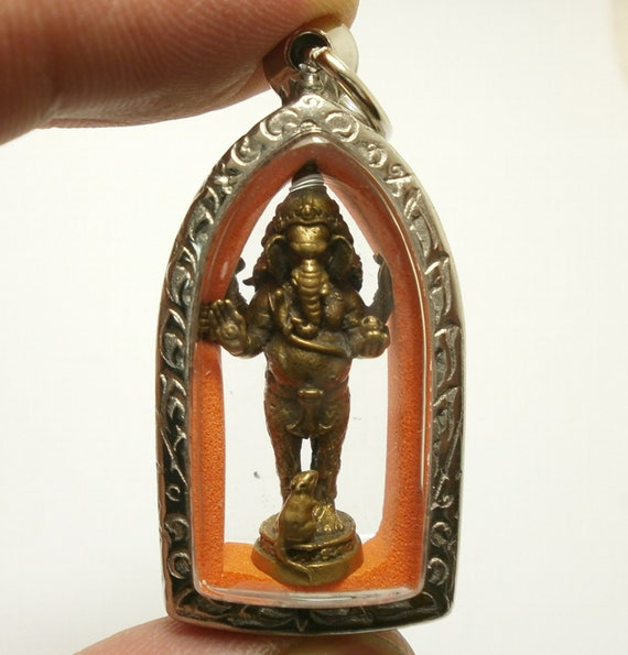 GANESH HINDU GOD PHRA AMULET PENDANT THAI GANESHA LORD MAGIC CHARM RICH SUCCESS