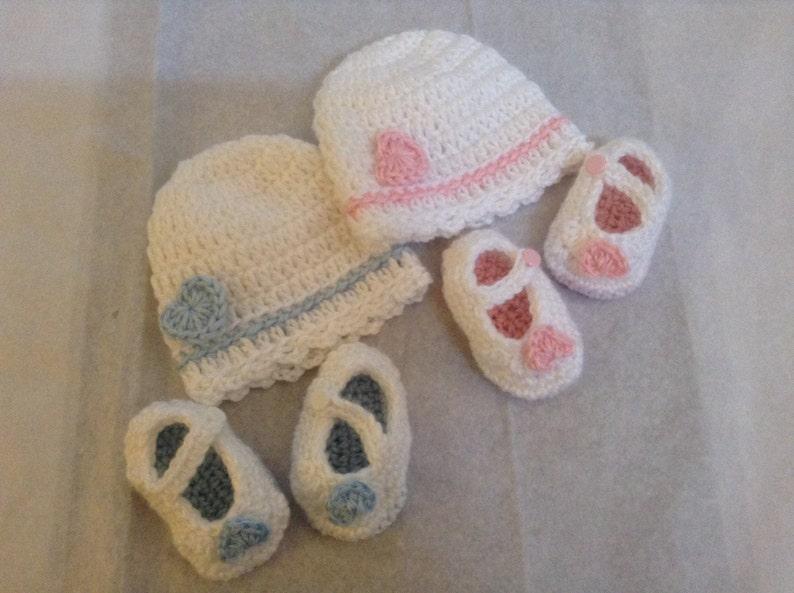 Crochet HatBooties Set for Newborn w Heart Appliques,Blue or Pink