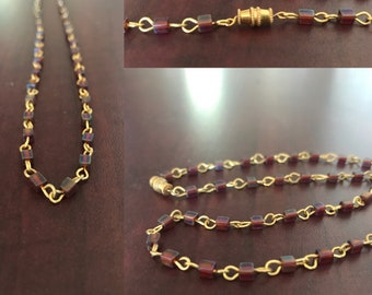 Ancient Hellenistic-inspired maroon and gold chain necklace