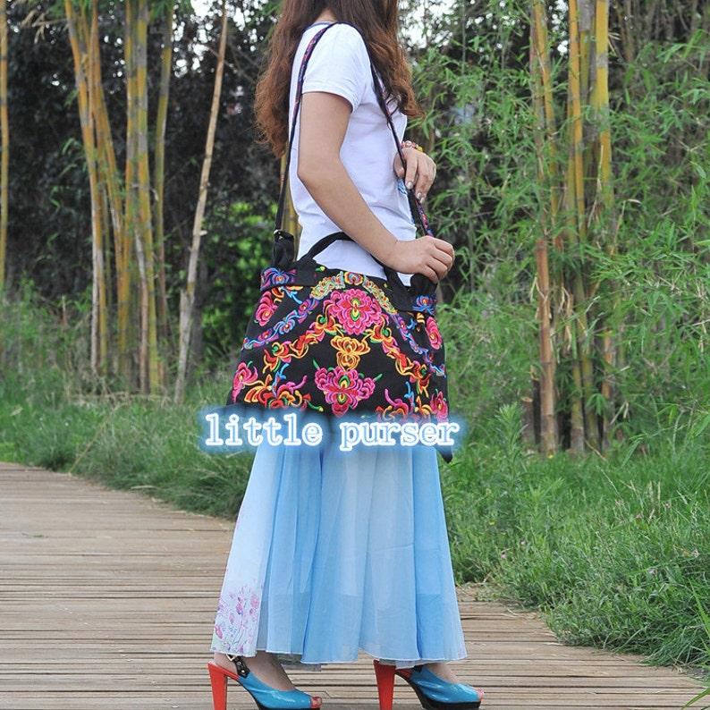 Embroidered bagmessenger bagbags and purses shoulder bagcanvas bagneutral bagleisure handbag Zipper Cover Bag Cross Body Style