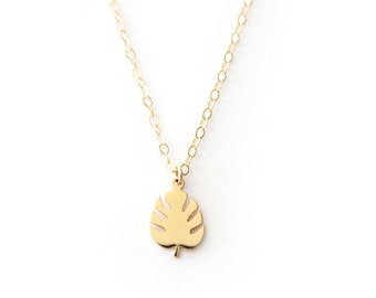 Tiny Tropical Leaf Necklace - 1077