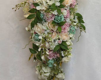 Bridal teardrop luxury  with buttonholes