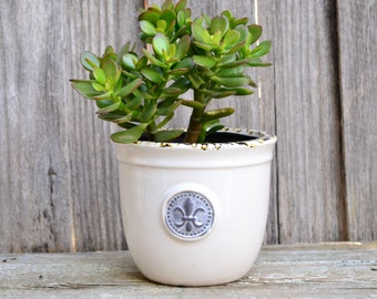 White Provincial Ceramic Planter