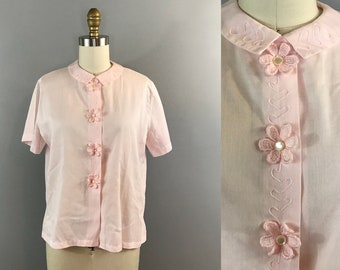 1960s Pink Peter Pan Collar Blouse / 60s Button Up Collared Shirt / Pale Pink Floral Short Sleeve 1960s Top