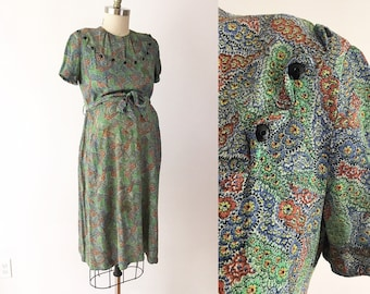 SIZE M /  L 40s Vintage Maternity Dress - Floral Paisley Plaid Marian Sue Day Dress - Cold Rayon Fabric Modest Babyshower Dress