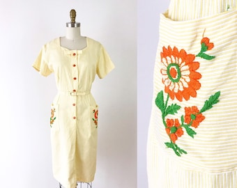 d0d070f395 1950s Floral Dress   60s House Dress   Floral Day Dress size L   Spring  Flowers Orange and Yellow Dress