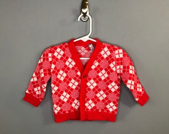 1950s Girls Knit Cardigan in Red Argyle / Vintage Red White Plaid Cardigan / 6-12 month Baby Girl Fall Winter Cardigan