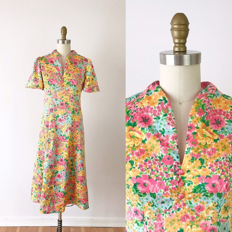1970s Floral Dress in Spring Garden / 70s Vintage Dress with image 0