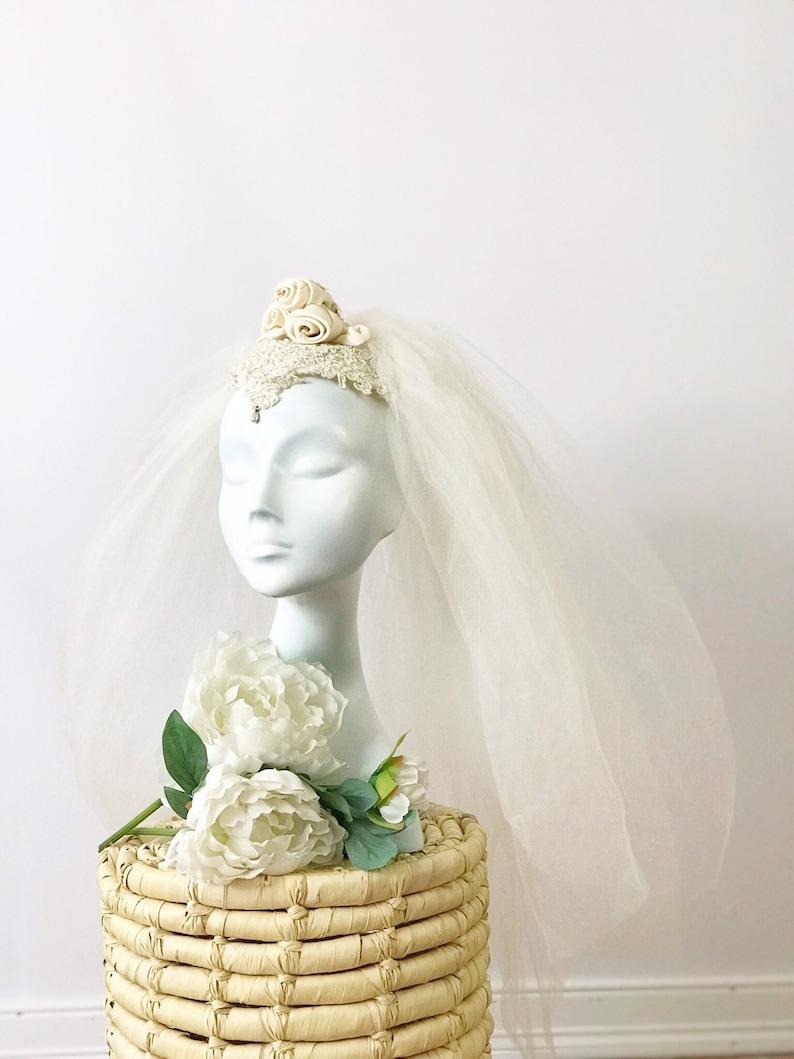 1960s Rose & Lace Bridal Veil / 60s Short Tulle Veil Cap / image 0