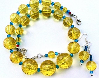 Yellow Necklace, Yellow Choker, 60s Jewelry, Resin Necklace Yellow Crystal 60s Necklace, Big Yellow Necklace Bella Emy Jewels Yellow Jewelry