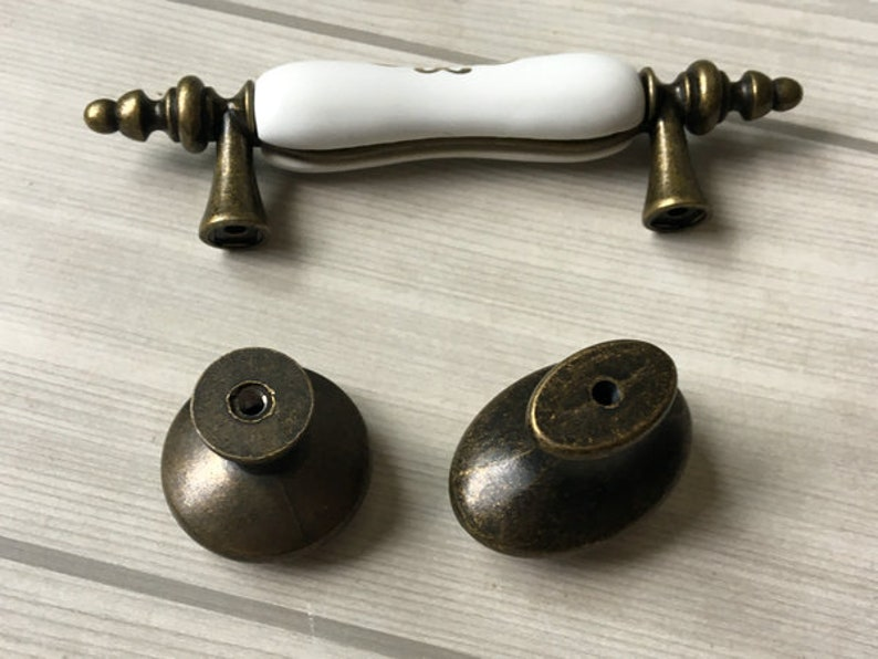 3.75 5 Cup Drawer Pull Handles Dresser Pulls Cabinet Handle Mirror Chrome Brushed Nickel Oil Rubbed Bronze Lynns Hardware Kitchen 96 128