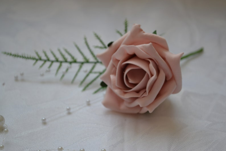Wedding Bouquets /& Buttonholes Dusty Pink Flower Girl Wands Corsages Posies Groom Best Man Bridesmaids Flowers Roses