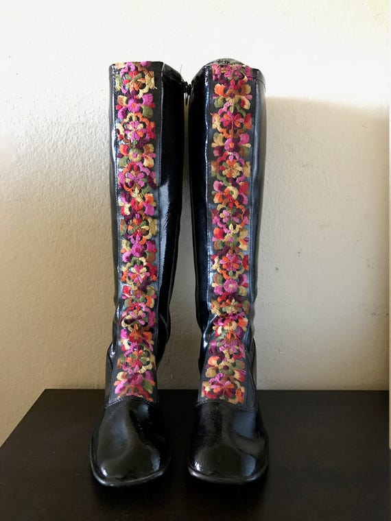 Vintage 60s embroidery mod go go boots retro hippi