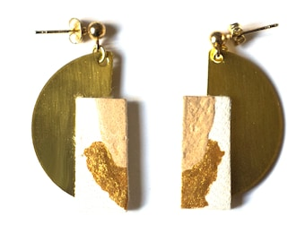 Earrings golden brass and hand-painted leather | WILD M BEIGE
