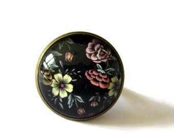 COLORFUL FLORAL RING - vintage Flower Ring - retro cabochon ring - 26mm ring - Gifts for her - boho chic ring - Valentines ring