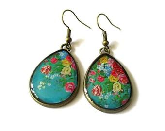 Flower EARRINGS, Resin TEARDROP EARRINGS, Green earrings, Jewelry, Nature earrings, Flower Jewelry, Flower earrings, Fairy earrings