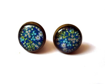 FLOWER EARRINGS - Blue flowers stud earrings - Flower post earrings - Blue Earrings - Garden - Girlfriend gift - Teens gift - Groovy - Hippy