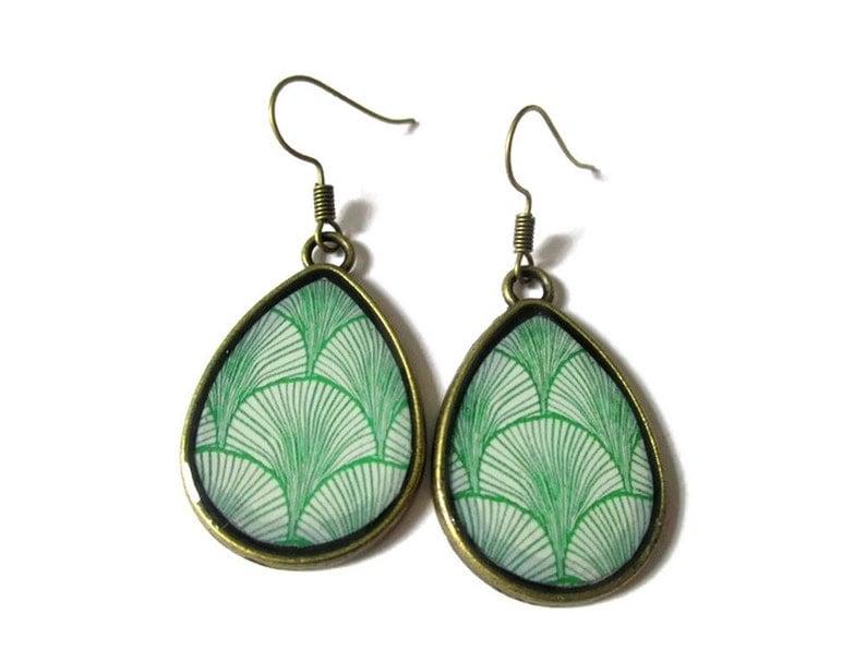 GREEN TEAR DROP Earrings geometric Lightweight  jewelry image 0