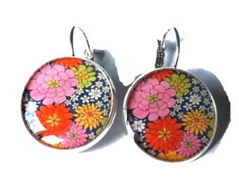 Flower dangle earrings - Floral earrings - spring earrings - colorful flower earrings - flower jewelry - girlfriend gift - gift for her