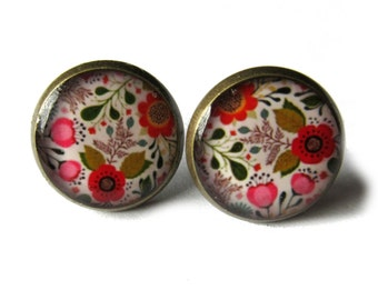 FLOWERS EARRINGS - flowers stud earrings - flowers post earrings - spring earrings - garden - girlfriend gift - teens gift - groovy - hippy
