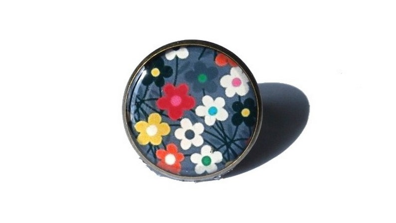 COLORFUL FLORAL RING  Flower Ring  cabochon ring  26mm ring image 0