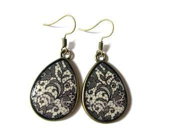 TEARDROP EARRINGS - drop earrings LACE Pattern -black  boho Earrings - Hippie Earrings - black lace Pattern -retro Earrings -vintage - clip