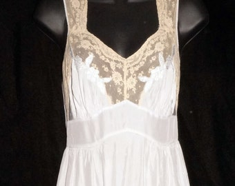 1940s Rayon Nightgown Womens Sz 2 WWII Vintage Pinup 5344a5890