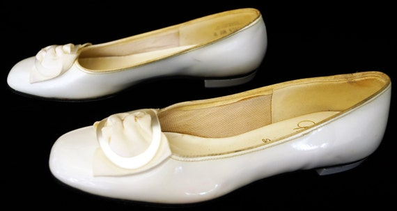 how to buy biggest discount authorized site 1950s Gaymode Patent Leather Flat Shoes Sz 7.5AA Vintage Retro