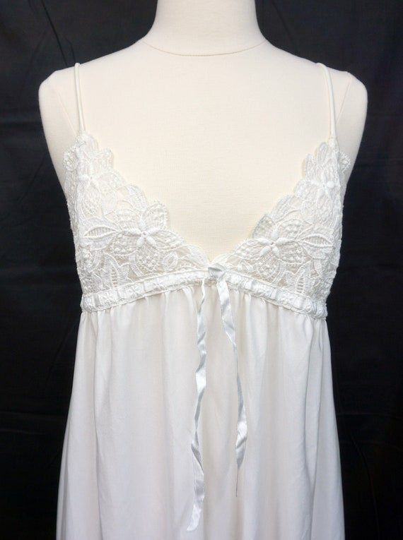 1970s Miss Dior Nightgown Sz M Vintage Pin Up