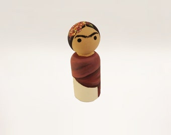 Mexican Painter Wooden Peg Doll / Female Artists / Latin America / Feminist Figurine
