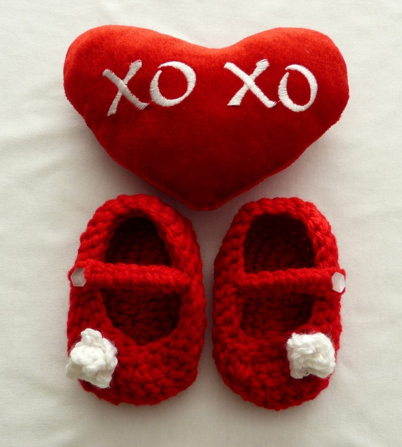 Strap shoes with White Rosettes Red Skid-proofing is available Sweet Mary Janes Soft Shoes Crochet Shoes Baby Girls/' Shoes